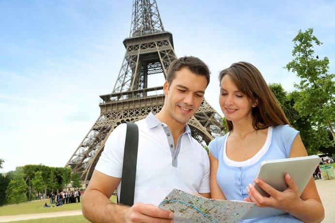 sightseeing-in-city-honeymoon